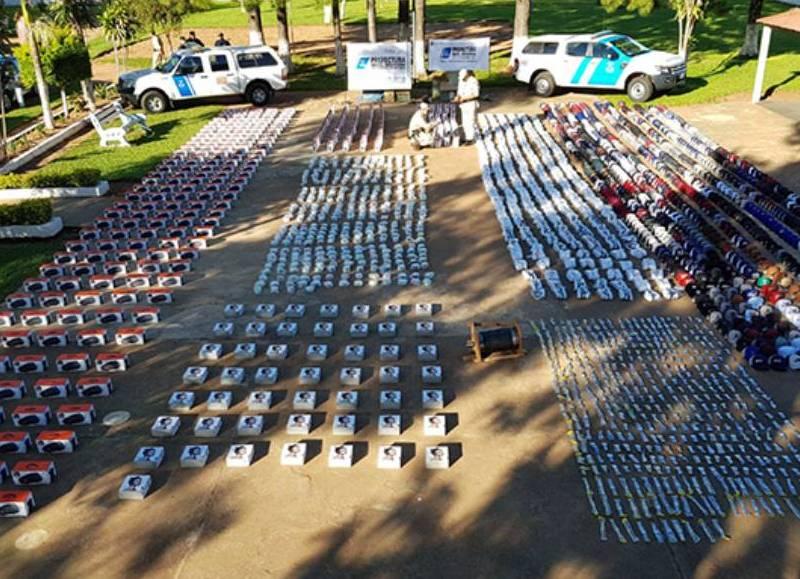 Resultado de imagen para Paso de los Libres (Corrientes) Prefectura naval secuestra contrabando